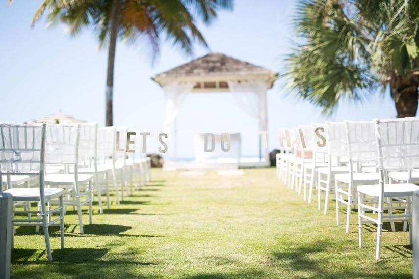 beach outdoor wedding aisle decor