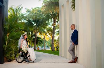 9 Quirky Tricks Wedding Photographers Use to Capture Amazing Photos