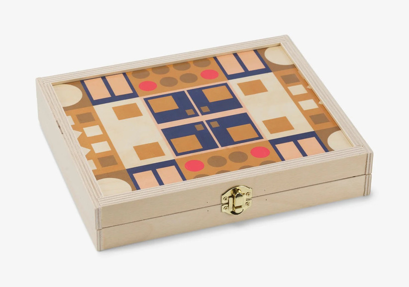 Pretty wooden backgammon travel set game for couples to play at home