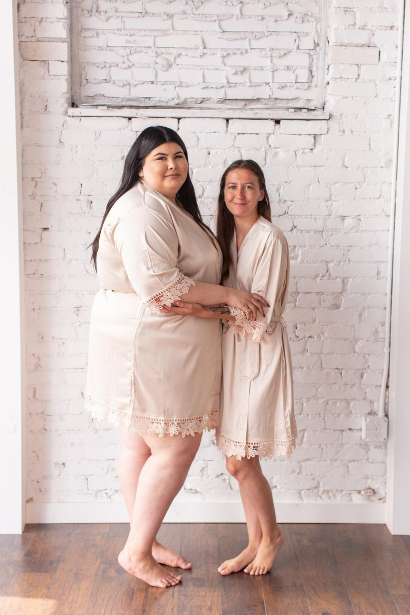 Short bridal robes with delicate lace trim