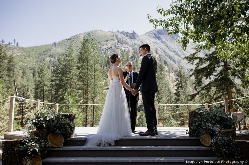 sleeping lady mountain resort wedding