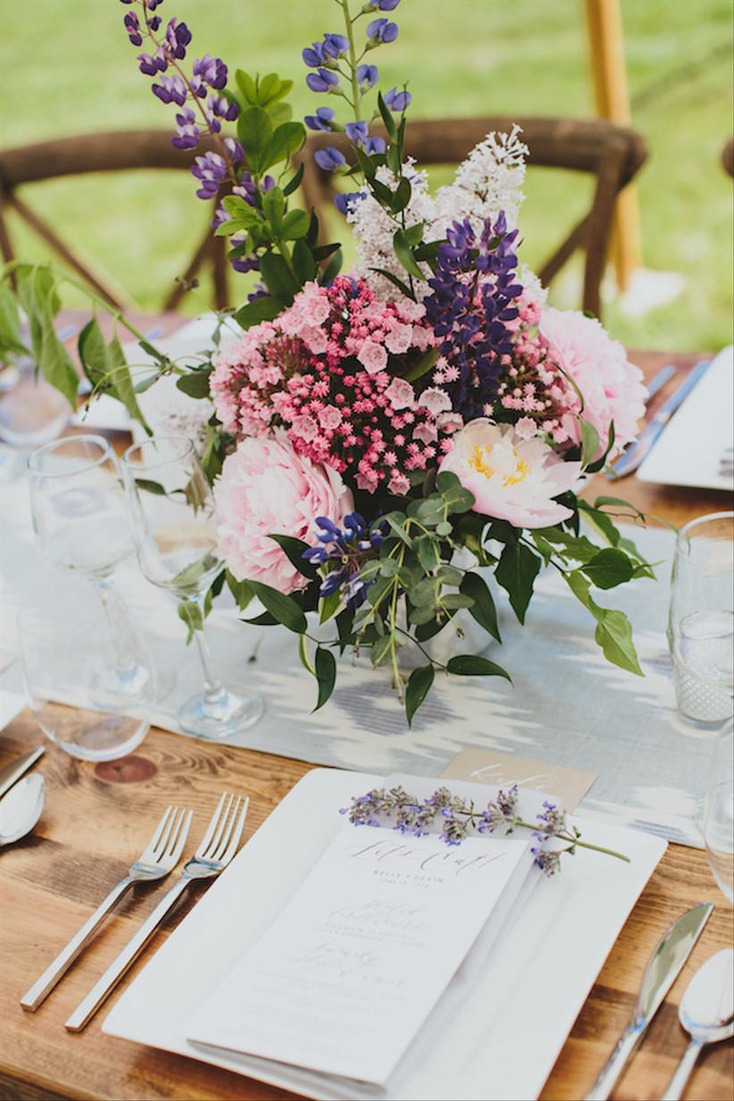 30 Rustic Wedding Centerpieces That Go Beyond The Basic Mason Jar Weddingwire