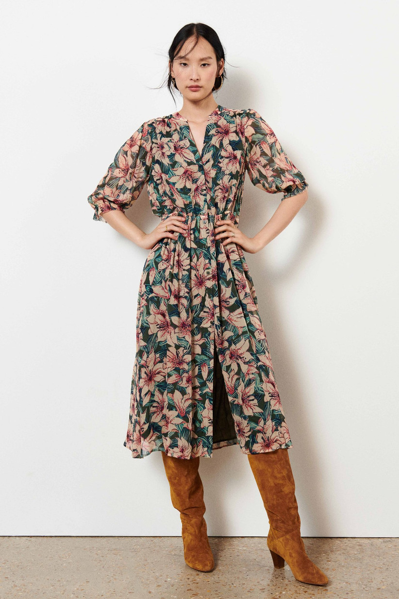 Casual floral shirt dress for fall wedding