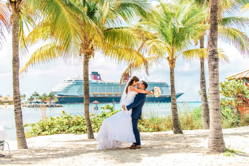 couple with cruise in background