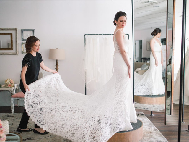 A Guide to Wedding Dress Shopping From Start to Finish