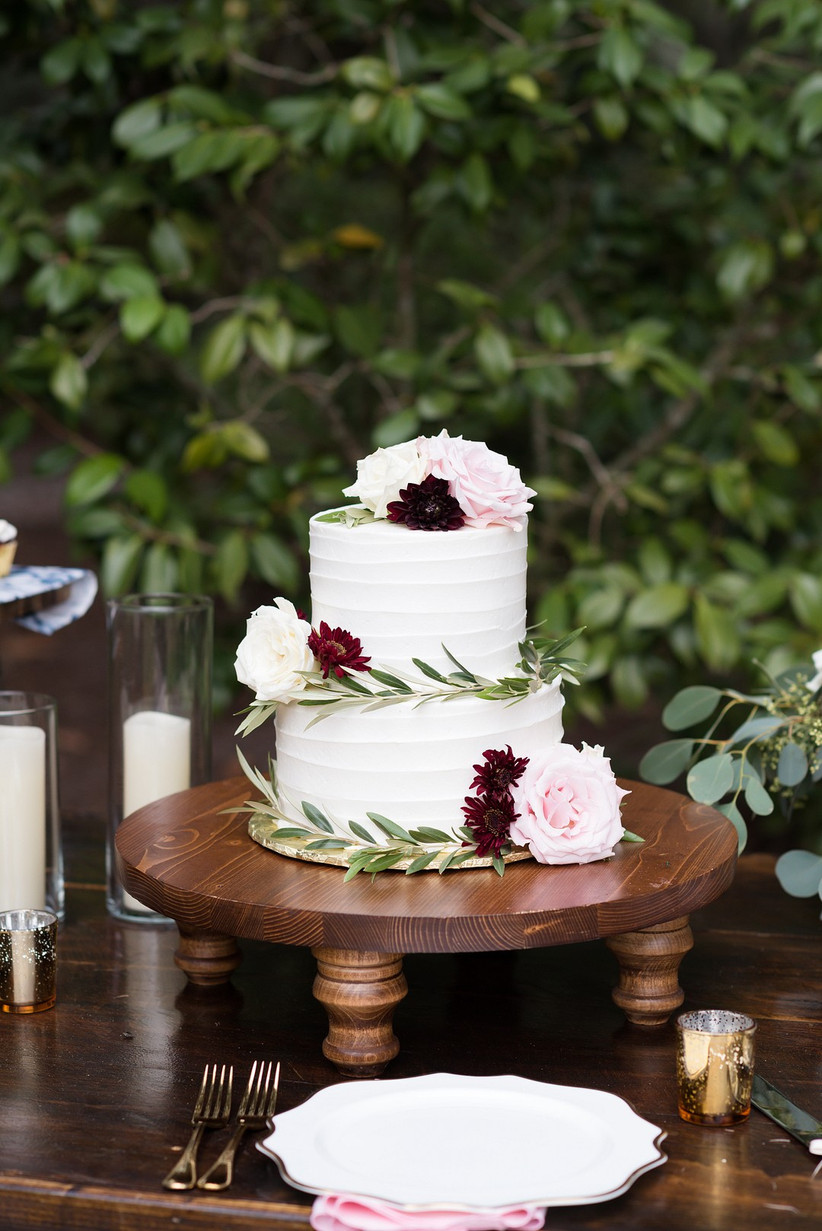 23 Fall Wedding Cakes Perfect For An Autumnal Celebration Weddingwire