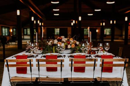 32 Winter Wedding Ideas That Are Seasonally Chic & Cozy