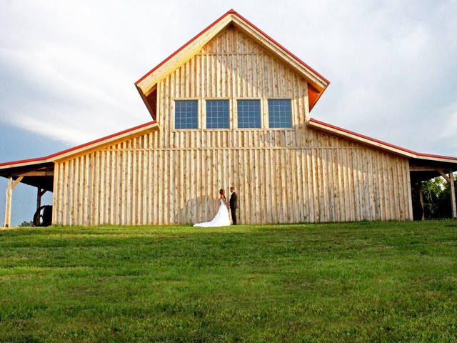 9 Barn Wedding Venues in Nebraska for Your Rustic-Chic Event