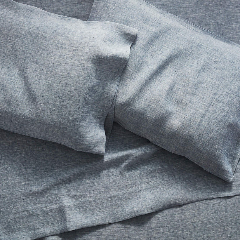 linen bedsheets