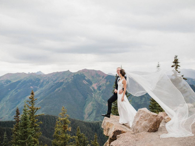The 6 Dreamiest Aspen Wedding Venues