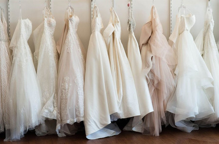 The Wedding Dress Shopping Timeline Every Bride Should Know