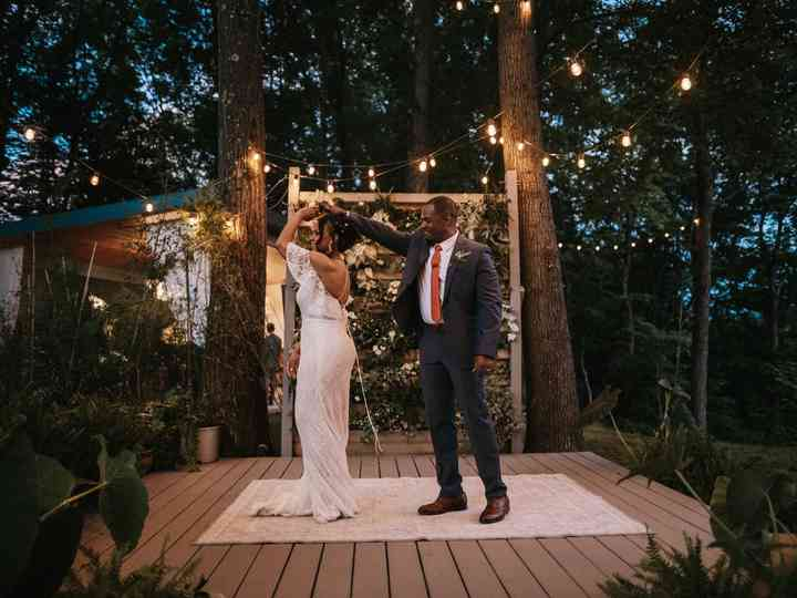 The 22 Best First Dance Songs For A Wedding Hands Down Weddingwire