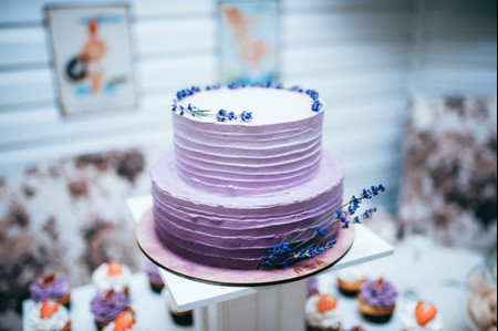 18 Purple Wedding Cake Designs for Fall, Winter or Anytime of the Year