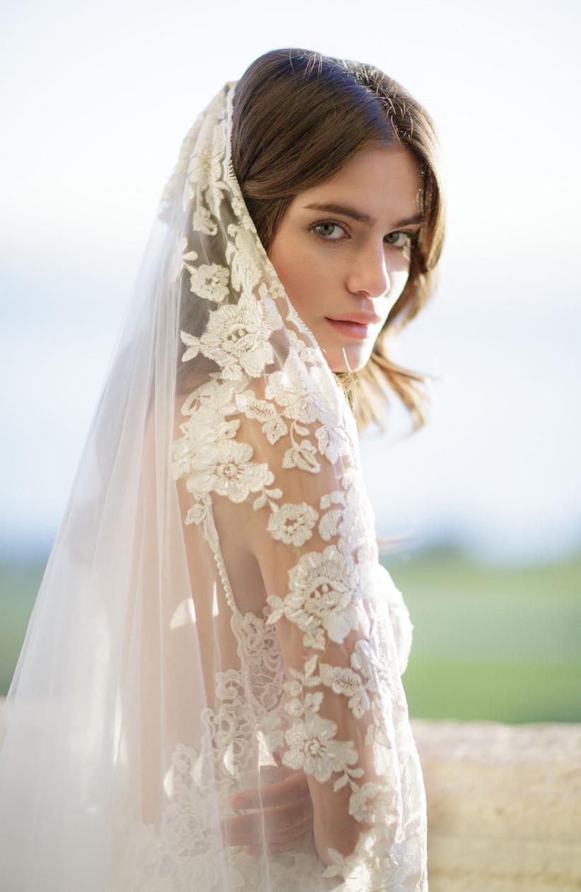 spring wedding idea embroidered veil