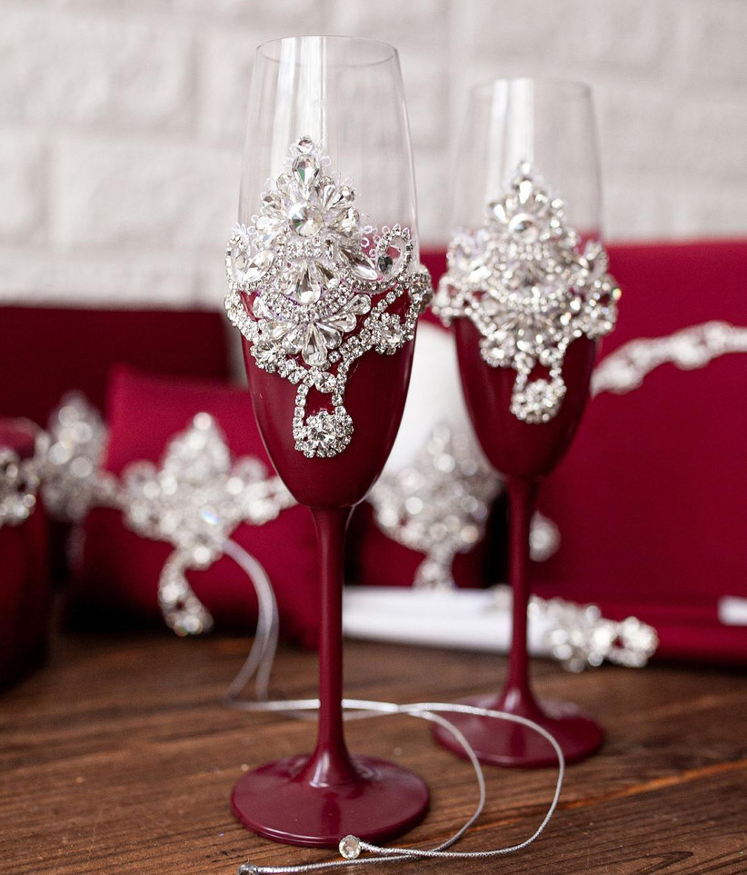 Ruby red wedding champagne flutes with rhinestones