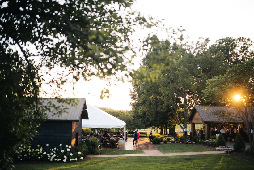 tennessee winery wedding venue with barn and lush gardens