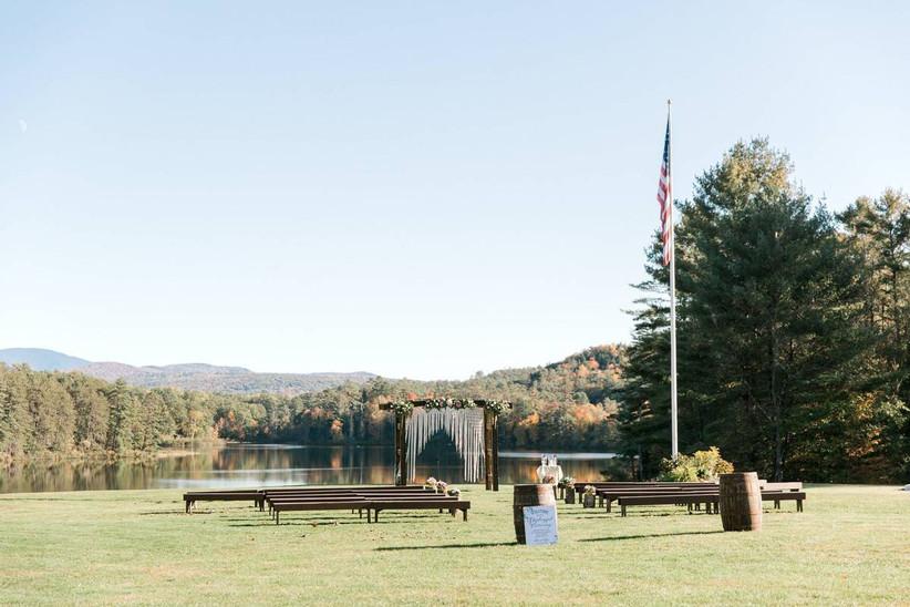 wedding ceremony in lakeside setting