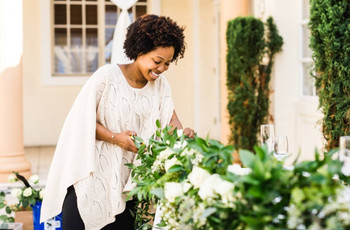 The 13 Most Important Questions to Ask a Wedding Florist