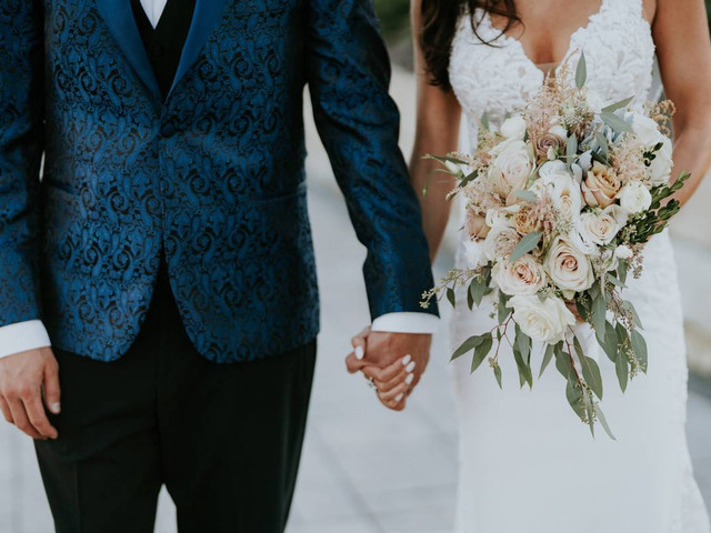 """""""I Just Wanted My Wedding Vendors to Like Me, and Here's Why It Backfired"""""""