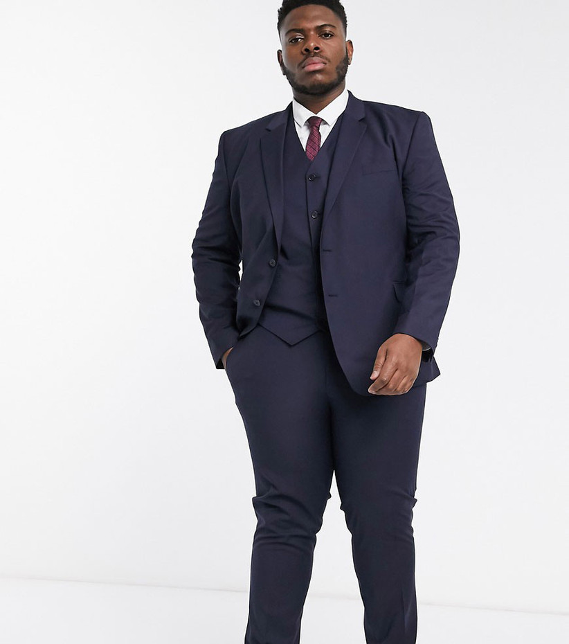 Formal rehearsal dinner suit for guest