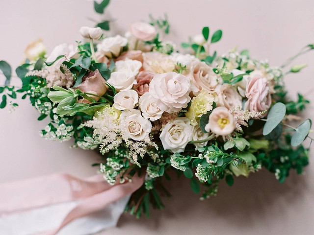 9 Timeless Wedding Color Palettes That Work for Every Season and Theme