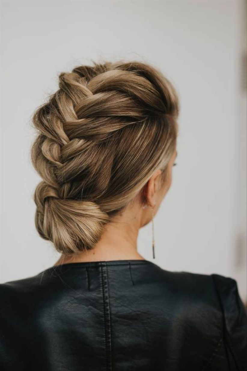 40 Wedding Hairstyles For Long Hair Bridal Updos Veils More Weddingwire