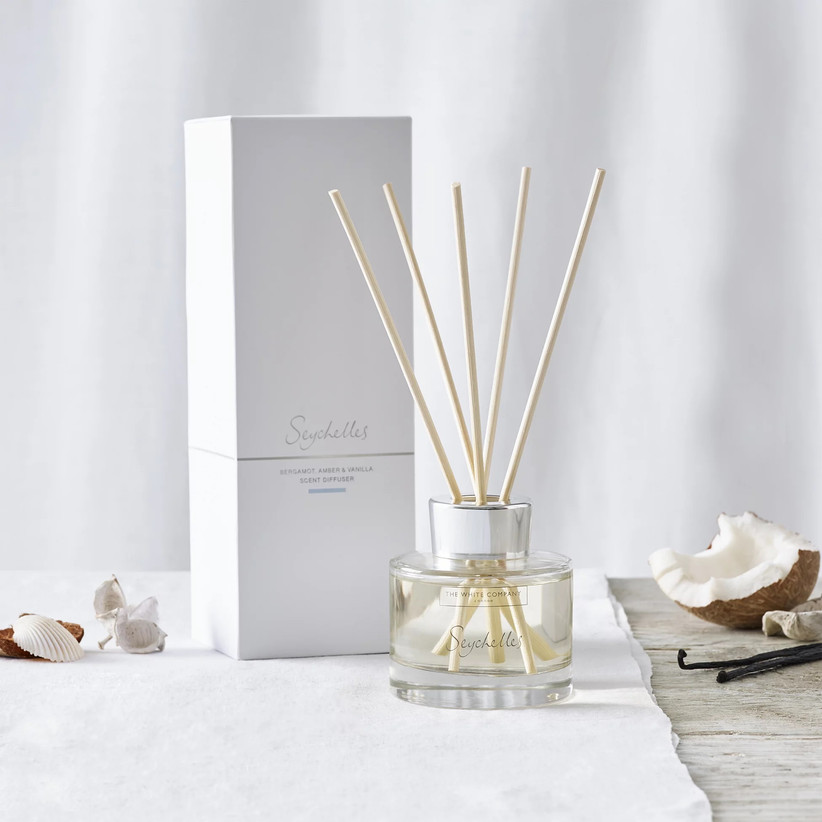 Seychelles-inspired scent diffuser