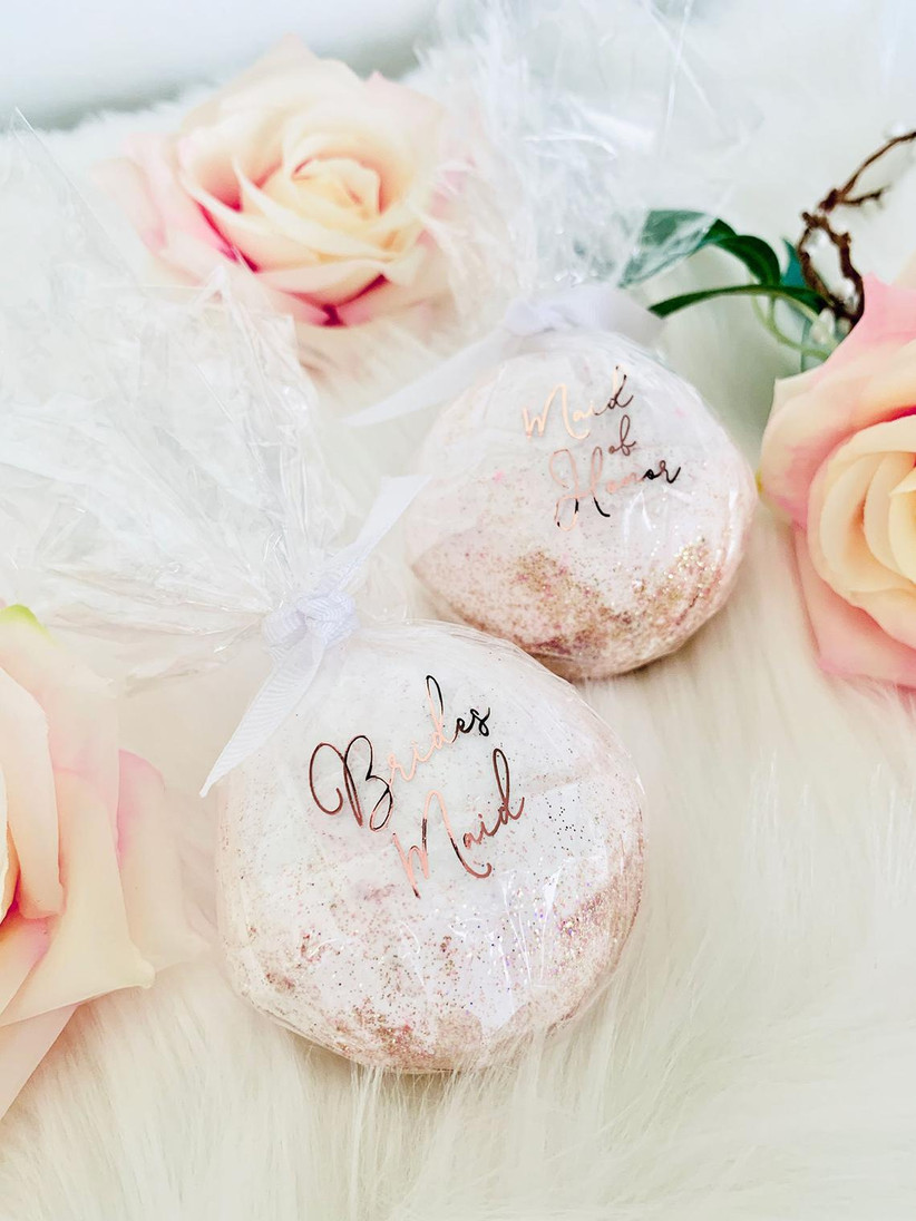 Bridesmaid proposal box bath bomb idea