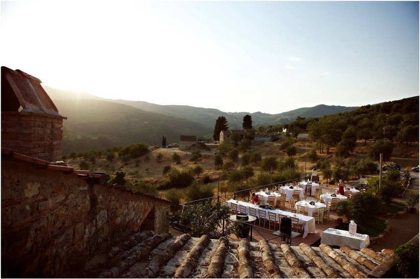 rustic italy wedding venue overlooking tuscan countryside