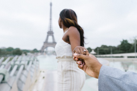 5 Ways to Announce Your Engagement