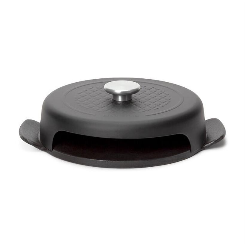 cast iron pizza pan