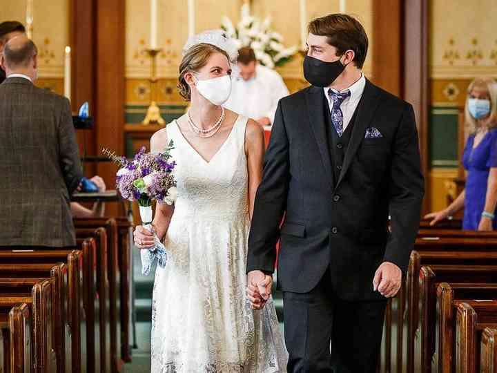 40 Wedding Masks For Guests Couples Wedding Party Weddingwire,Wedding Dresses In Little Rock Ar