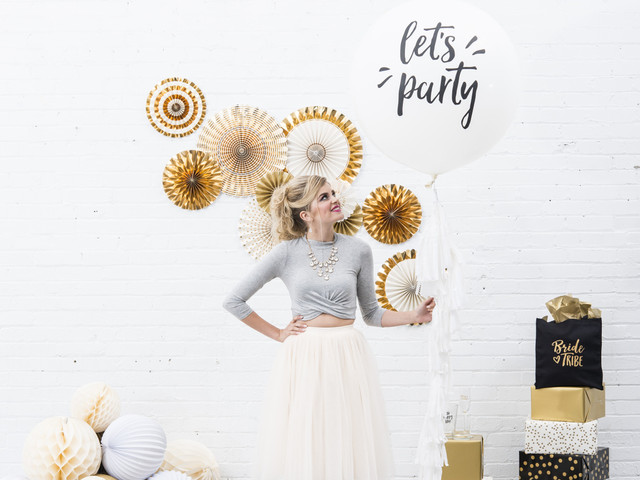 "20 Engagement Party Decorations to Flaunt Your ""Just Engaged"" Status"