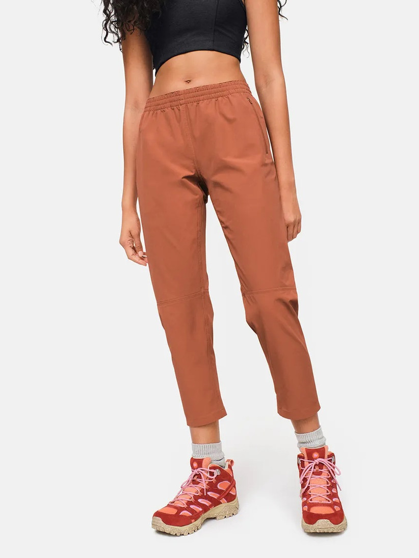 Stylish RecTrek pants from Outdoor Voices