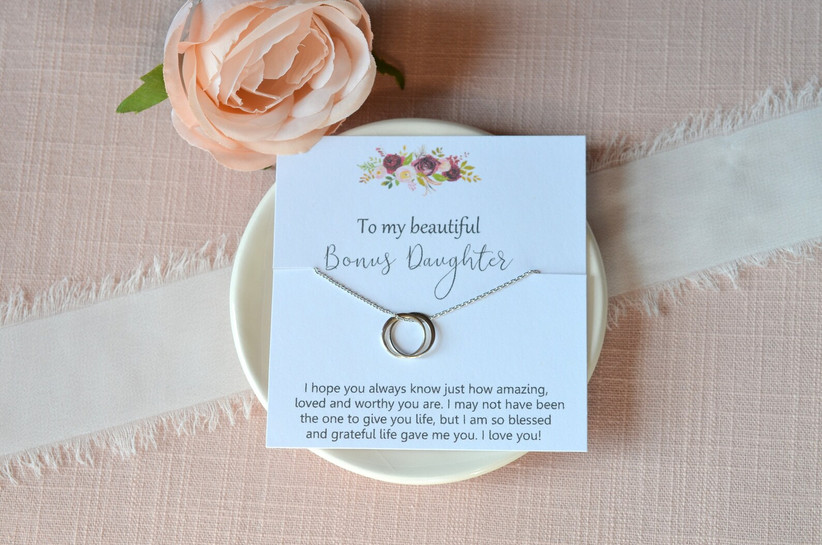 Symbolic necklace for daughter-in-law