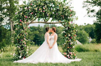 The Top 5 Wedding Photography Styles You Should Definitely Know About