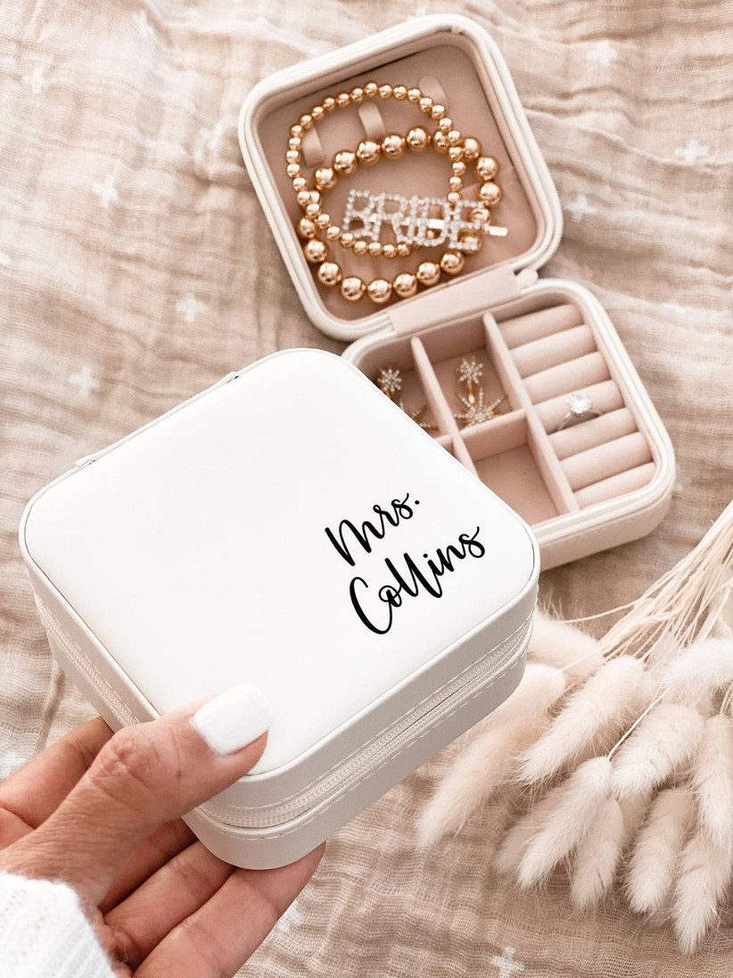 zipper jewelry case personalized with