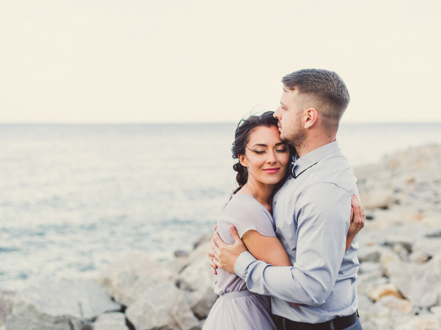 The 7 Biggest Bonding Moments You'll Experience During Wedding Planning