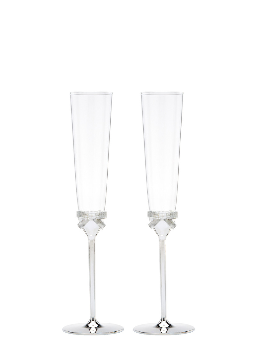 Wedding champagne flutes with silver bow detail