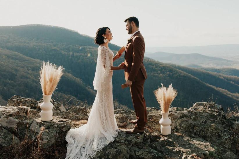 20 Bohemian Wedding Theme Ideas For Free Spirited Couples Weddingwire