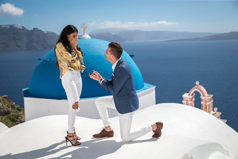 greece proposal santorini oceanfront view