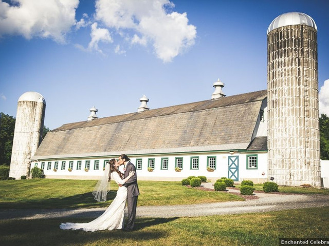 15 Rustic Wedding Venues in New Jersey for the Ultimate Country-Chic Celebration