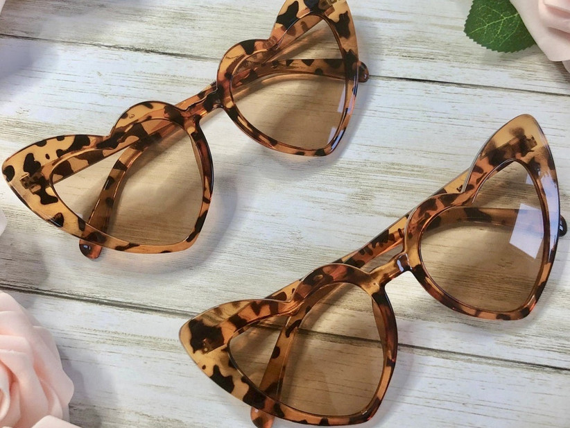 heart-shaped sunglasses in tortoiseshell print