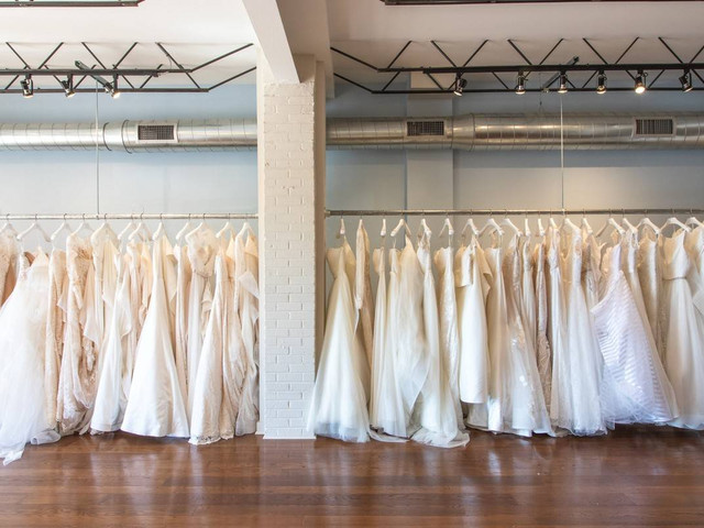 12 Questions Every Bride MUST Ask a Wedding Dress Salon