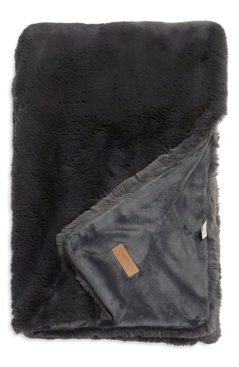 unhide dark gray faux fur blanket