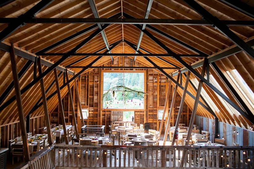 the red barn farm wedding
