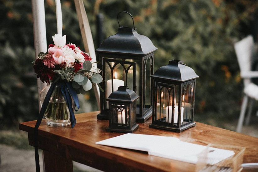 rustic wedding guest book table