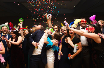 How to Have the Ultimate New Year's Eve Wedding