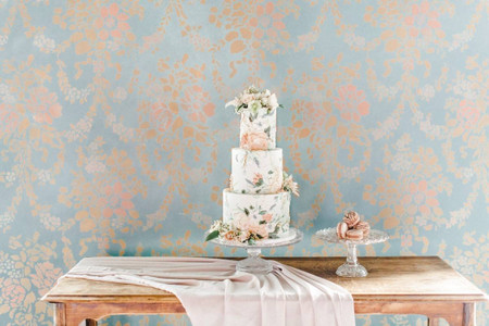 7 Sweet Wedding Cake Trends That Will Make a Statement in 2021