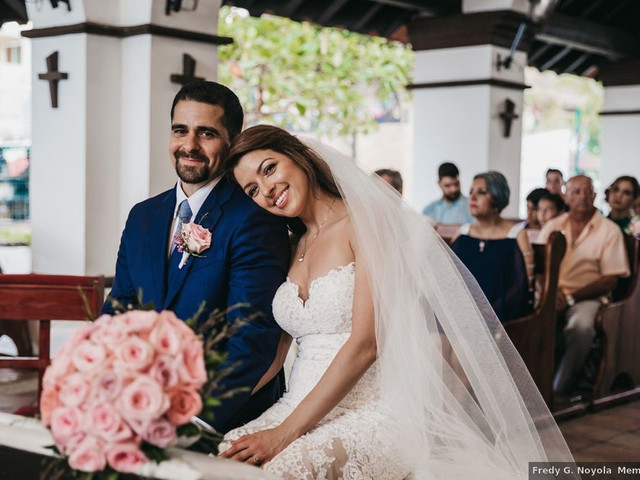 5 Major Mexican Wedding Traditions, Explained